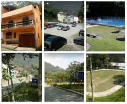 Vende-se casa em Petrópolis bairro Morin