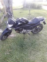 Cb 300 barataaa!!!!!! - 2011