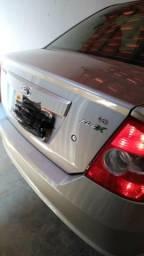 Fiesta sedan 1.6 completo - 2008