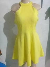 Vendo vestido por 40reais Novo não faço troca menor preço