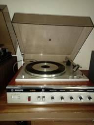 Vitrola Philips ano 1976 , linda em cerejeira!!! com caixas lindas