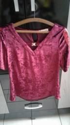 Blusa Vermelha em Veludo