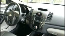 Kia Cerato 2011/2012 - 1.6 Manual (Carro de Garagem - São apenas 58 mil KM rodados) - 2011