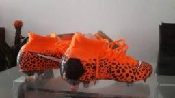 Chuteira Nike Mercurial Botinha 39 Lançamento 2ea3a0af3b214