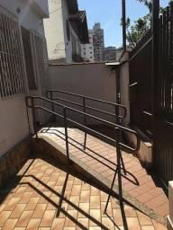 Casa com 5 salas para alugar, 140 m² por R$ 2.800 - Centro - Juiz de Fora/MG