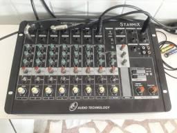 Mesa de som, caixa de som, equipamento