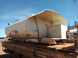 Tanque para combustível, marca Bozza, capacidade 10 mil litros