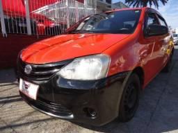 Toyota - Etios Sedan 1.5 X + GNV