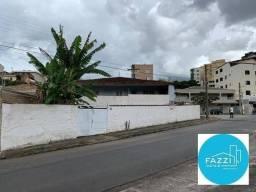 Casa com 3 dormitórios à venda, 265 m² por R$ 400.000,00 - Jardim Filipino - Poços de Cald