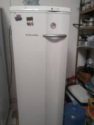 Freezer Electrolux FE22 - Branco