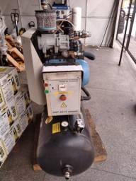 Compressor de Ar Rotativo de Parafuso SRP 3015 Compact 3 15HP 9Bar 200L 220V Schulz