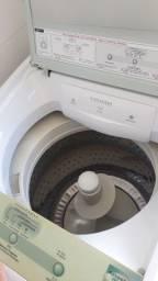 Máquina de lavar roupas