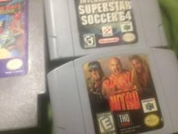 KIT de Cartuchos Originais são 2 de Nintendo 64 e 1 De Nintendinho - Nitendo 8 Bits