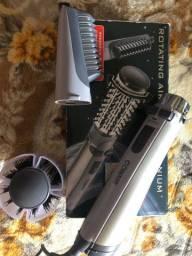 Escova Rotativa Conair Polishop pouco uso na caixa