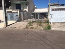 Vendo / troco terreno com casa em frente ao leilão Banseg (Umbara)
