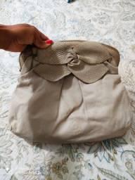 Bolsa de couro Arezzo com pouquíssimo uso.