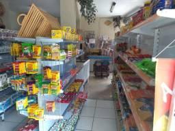 Instalação e mercadorias para mercado