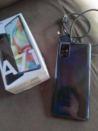 Galaxy A71 128gb, 6 ram ,4 câmeras caixa e carregador