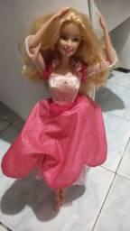 Barbie bailarina saia gira