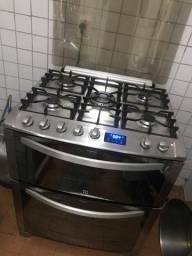 Fogão Electrolux 5 bocas, 2 fornos, 1 grill