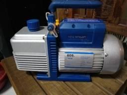 Vendo bomba de vácuo duplo estágio EOS semi nova para refrigeração valor R$ 480,00!