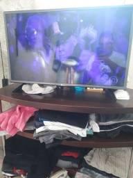 Tv 32 smartv LG novinha