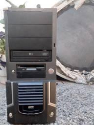 Gabinete Para PC Com Leitor de Cd