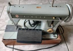 Máquina de costura Singer 660c