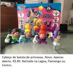 Brinquedo cabeça de batata de princesas