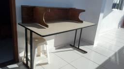 Somente a mesa