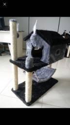 Arranhador casinha