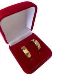 Par de Alianças Banhada a Ouro 18k (Promoção, garanta a sua!)