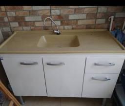 Pia e gabinete de cozinha Usado