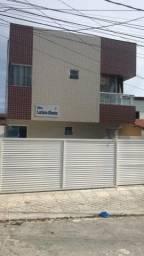 Apartamento em Mangabeira com 02 quartos, sendo 01 suíte.
