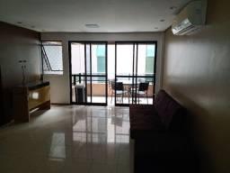 Apartamento mobiliado, com 2 vagas de garagem, 120 MQ, 4/4, na ponta verde.