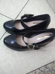 Sapato verniz da Melissa