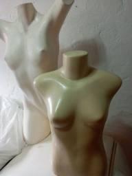 Vendo dois manequins