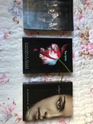 Vendo livros saga crepúsculo