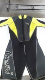 Macacão curto para mergulho, semi-novo