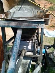 Máquina Hidráulica Manual para blocos de concreto (usada)