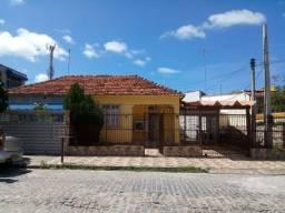Alugo casa em excelente localização de Olinda<br>
