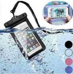 Proteja O Seu Celular Contra A Chuva! Excelente Para Trilhas, Motoboy, Piscinas..