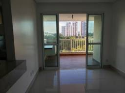 Vista Patamares, com 2 quartos sendo 1 suite, vista livre, 1 vaga na garagem.