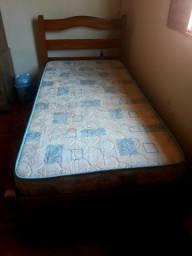 Cama de solteiro sem colchão