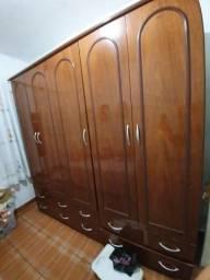 Vendo guarda roupa madeira 450$