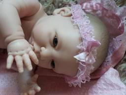 Boneca tipo Reborn