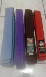 Faixas marrom A2,vermelha M3,roxa 4, azul 4. Perfeitas.