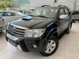 Toyota Hilux SW4 3.0  Diesel SRV 4x4 7 Lugares - 2011