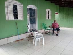 Vendo Casa com Barracão-Morada do Sol