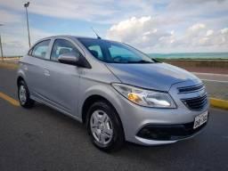 Gm - Chevrolet Onix LT 1.0 c/ My Link- Em Excelente Estado de Conservação (PersonalCarMcz) - 2013